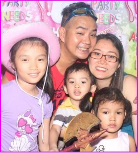 Mommy Lizz with Francine, Felicity, Felippe and Daddy Christopher Israel
