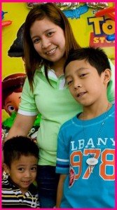Tina Aurelio-de Guzman and kids, PH