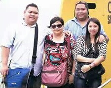 Allan Tizon with family