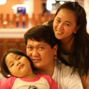Gary Escueta with wife and daughter, Lorie and Gaby